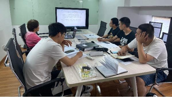 上海达沃组织员工开展企业质量管理体系相关知识内部培训